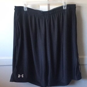 Under armour mens  shorts loose fit XXL black
